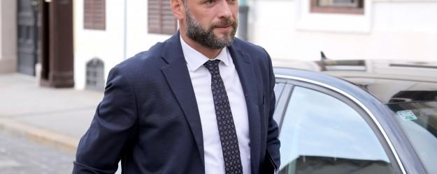 Zagreb: Dolazak ministara u Banske dvore na 174. sjednicu Vlade
